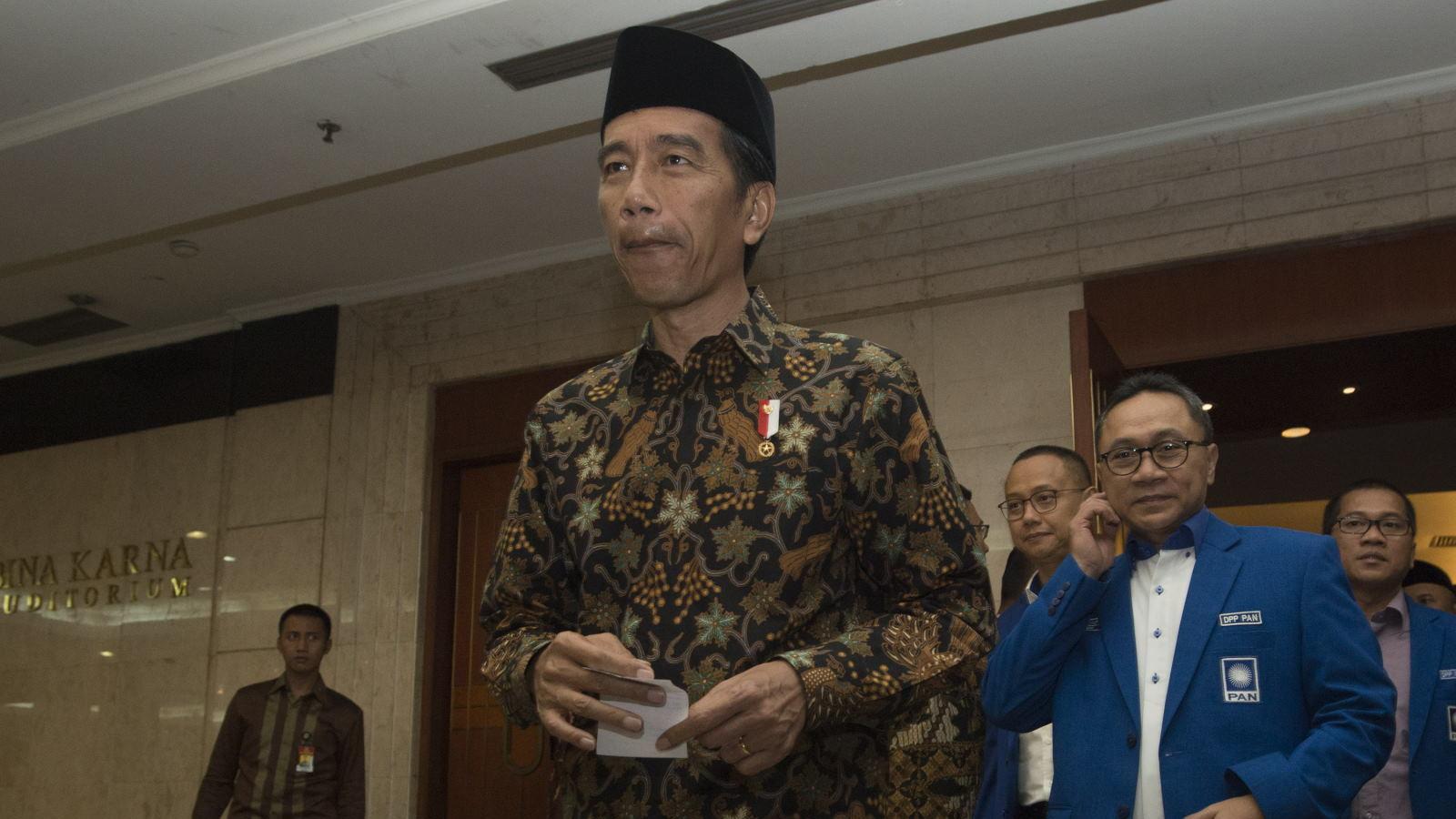 Tenda Salat Jumat Jokowi Dijaga Keamanan Berlapis