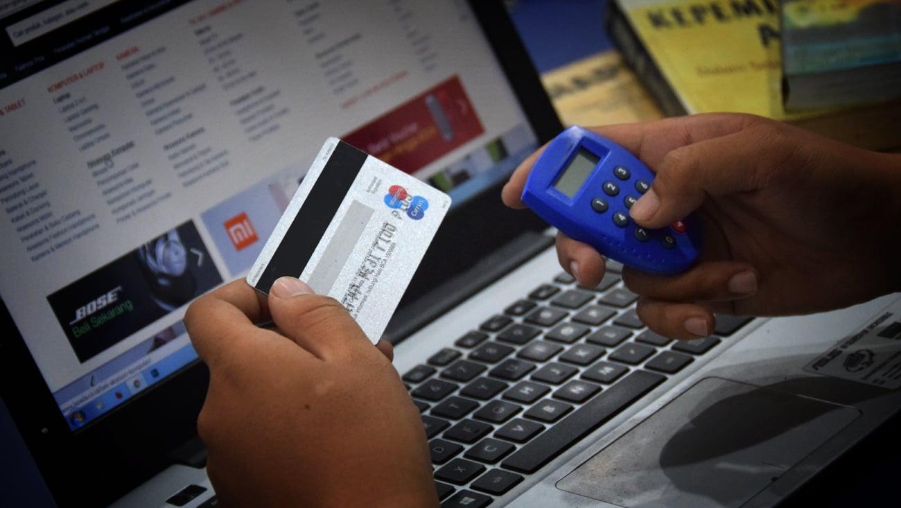 Transfer Bank: Metode Tak Praktis, Tetapi Paling Digemari