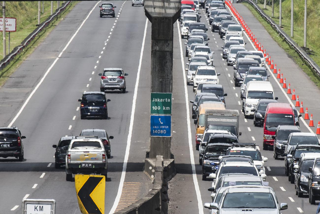 Penerapan E Toll Kurangi Antrean Mobil Di Tol Perbaleunyi