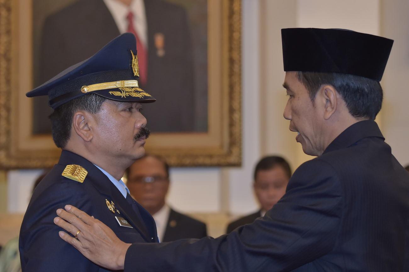 Jokowi Tunjuk Marsekal Hadi Tjahjanto sebagai Calon Panglima TNI