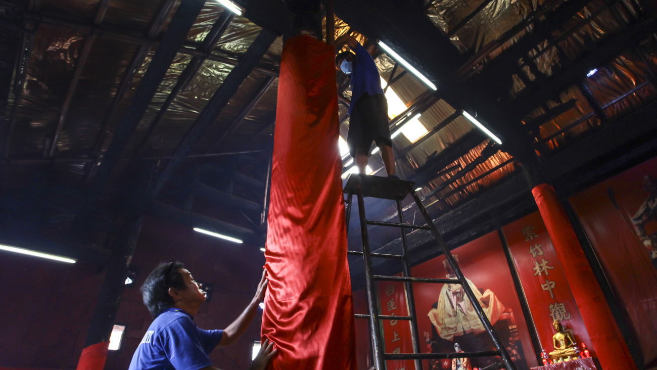 Imlek 2018: Makna Tradisi Membersihkan Wihara di Petak Sembilan
