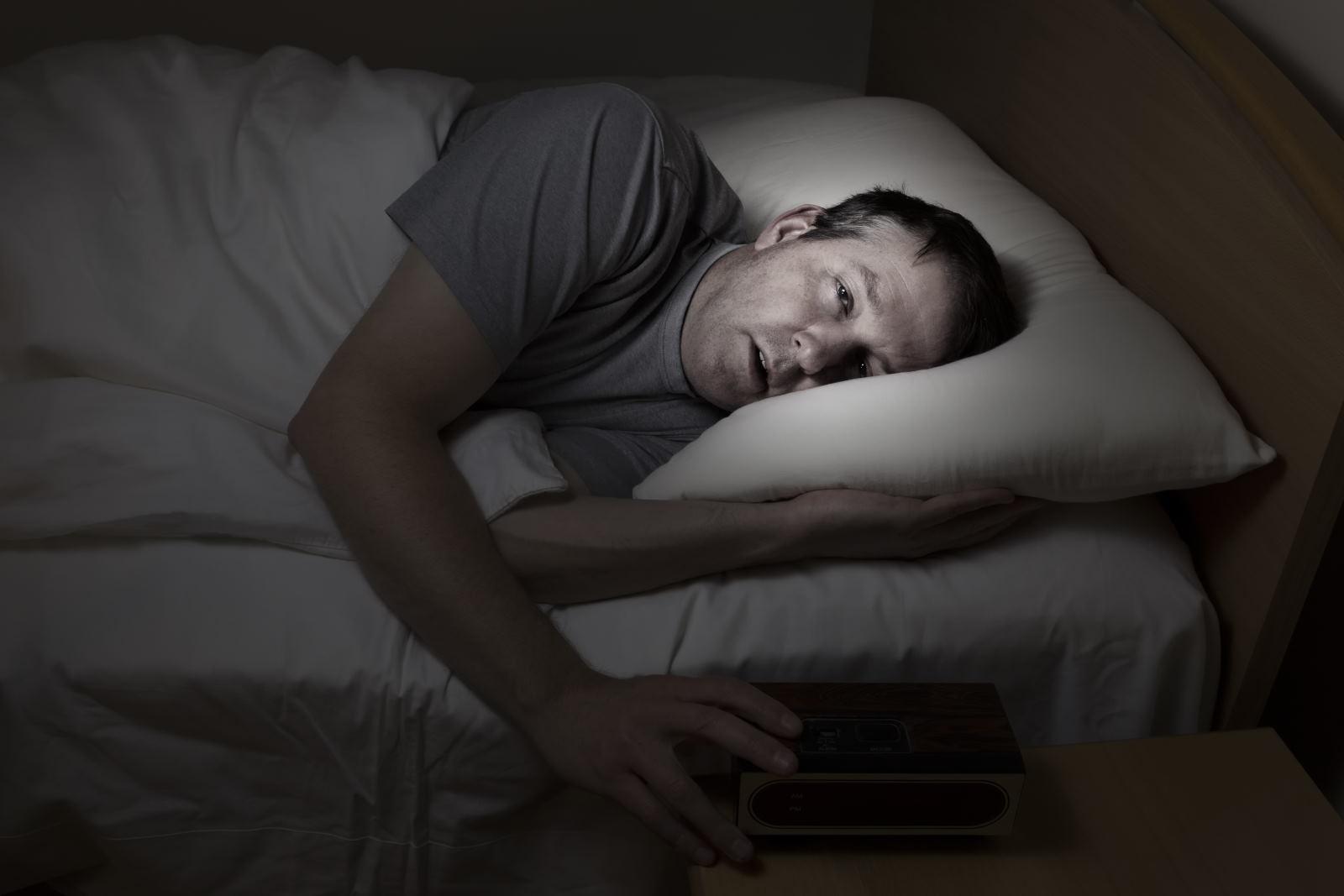 Kurang dan Banyak Tidur Bisa Turunkan Kualitas Sperma