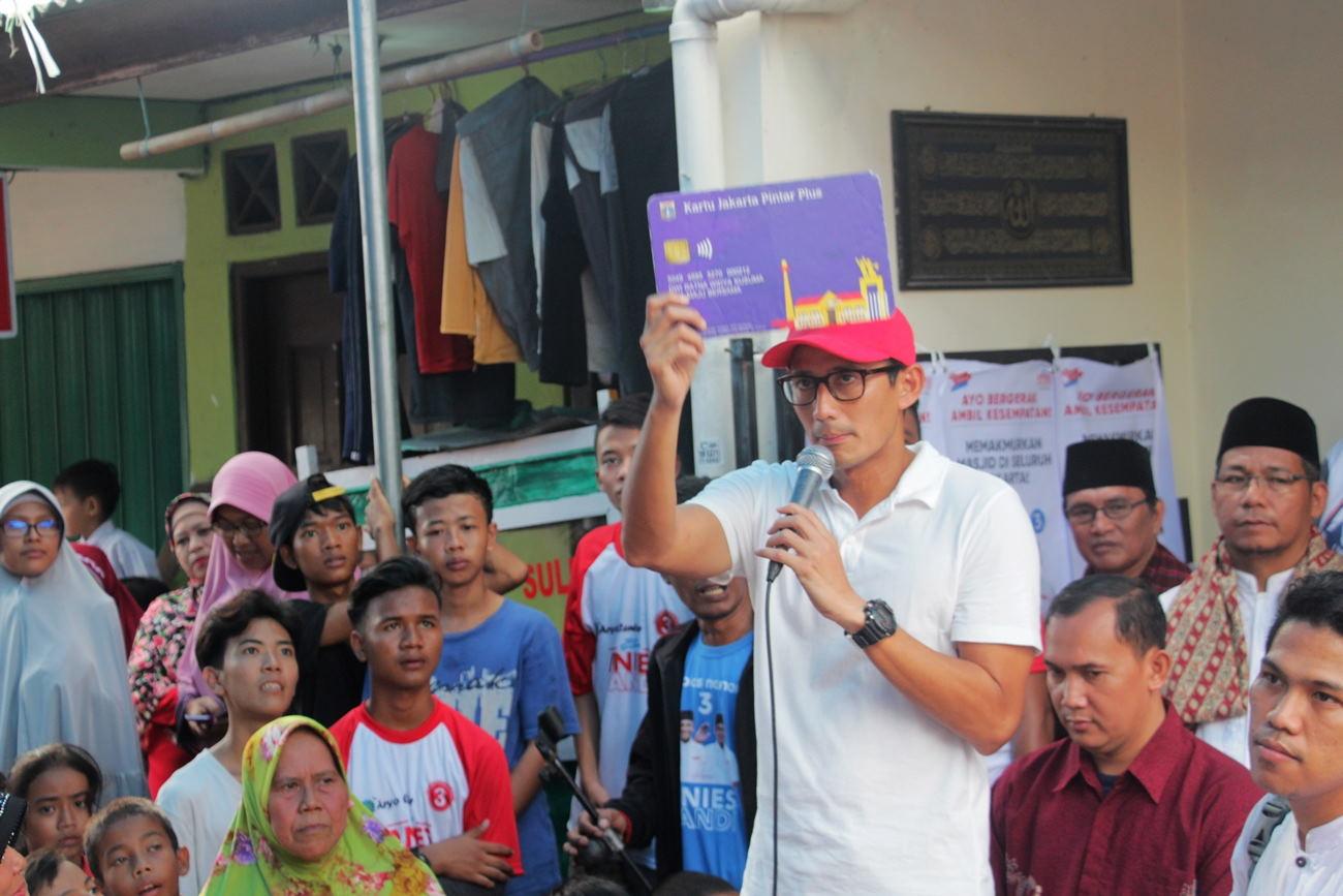 Sandi akan Umumkan Besaran UMR Jakarta pada Selasa Pekan Depan