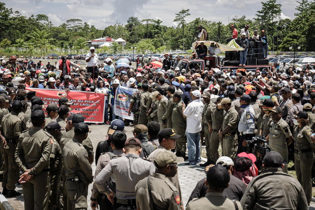 Ratusan Karyawan Freeport Adakan Unjuk Rasa di Timika Papua