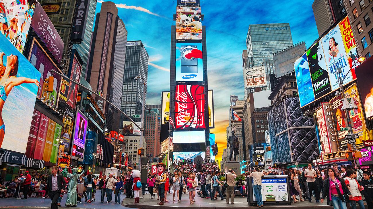 Insiden Mobil Tabrak Pejalan Kaki di Times Square Satu Tewas