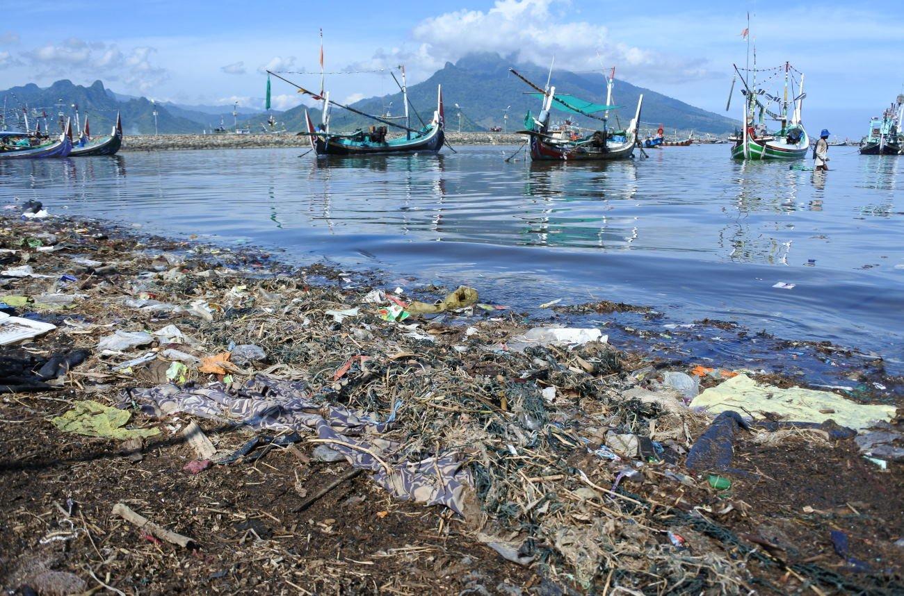 Sampah Plastik di Laut Indonesia Ada 9 Juta Ton Per Tahunnya
