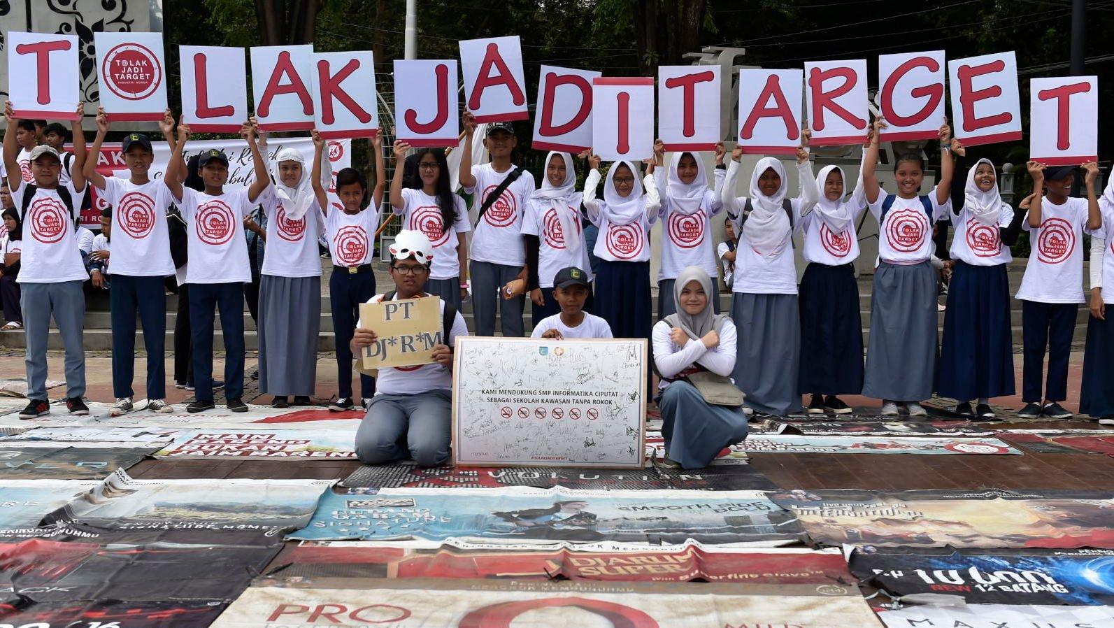 Mengungkap Iklan Rokok Ilegal di Jakarta