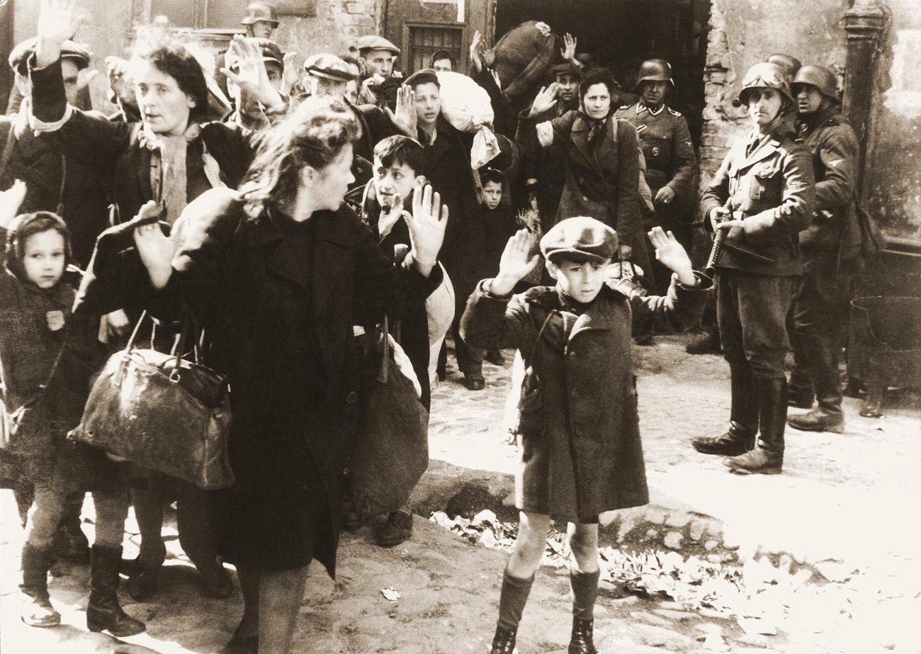 Kala Yahudi Polandia Dikirim ke Kamp Neraka Belzec