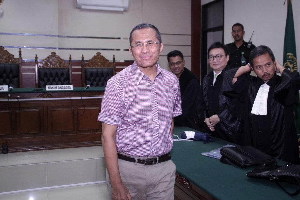 Dahlan Iskan Divonis 2 Tahun Penjara Terkait Kasus PT PWU