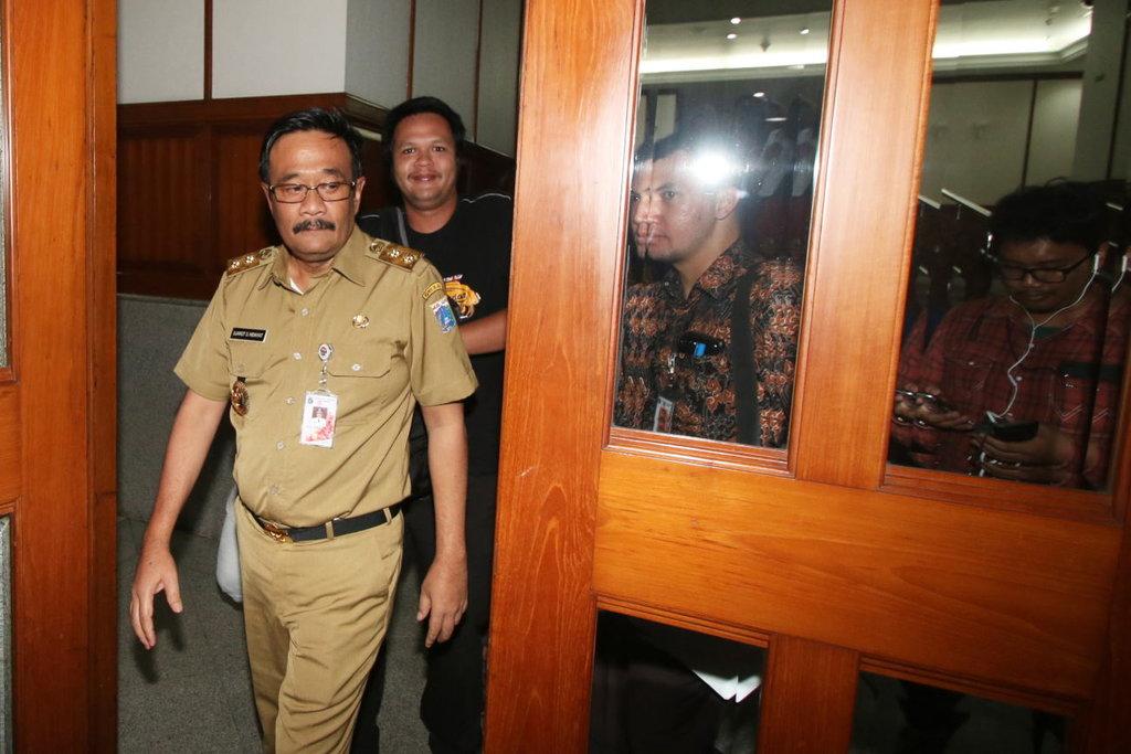 Djarot Ancam Tutup Karaoke Diamond terkait Indra Piliang