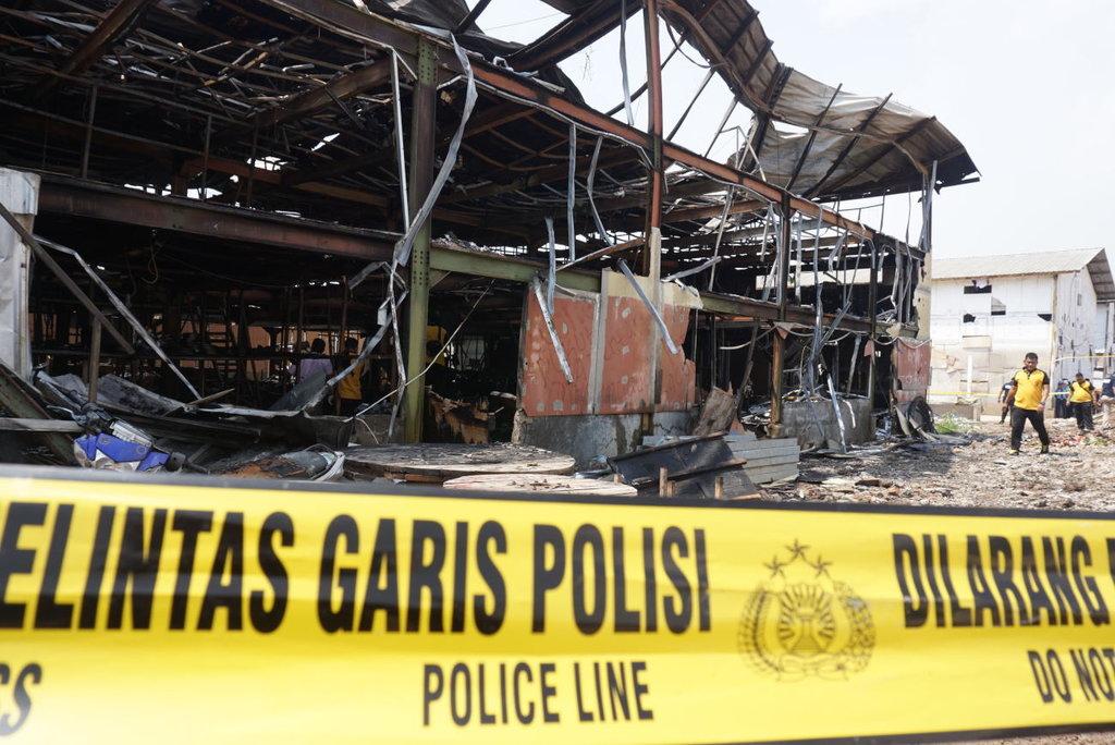 Kebakaran di Stasiun Klender Berhasil Dipadamkan