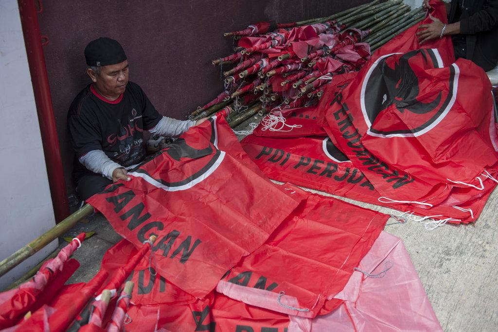 Bendera PDIP di Bali Dicopot Sebelum Pembukaan Rakernas