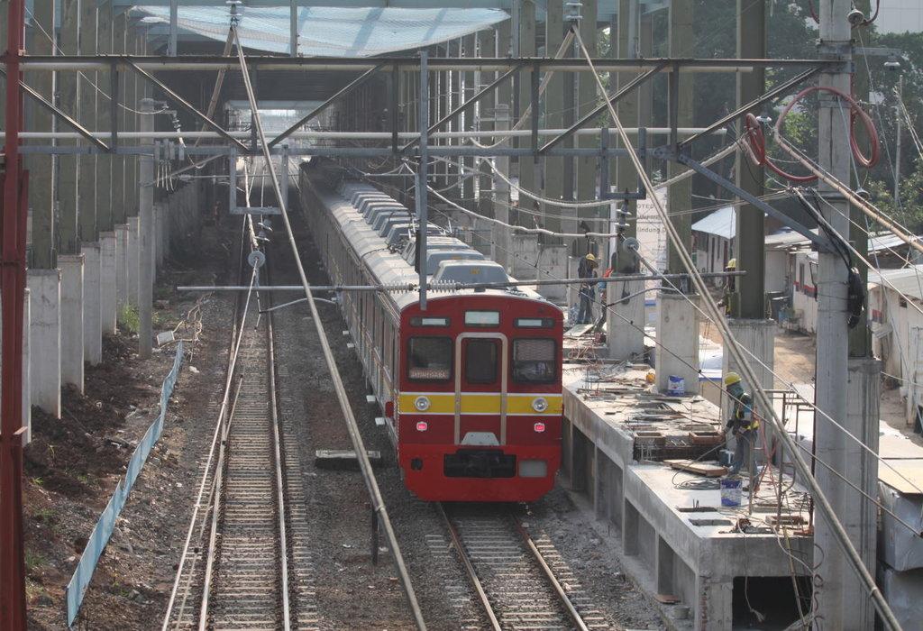 Penantian Panjang Kereta Bandara Soekarno-Hatta