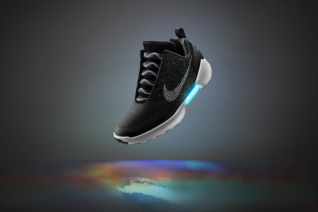 Cetakan Wafel dan Kisah Kelahiran Sepatu Nike