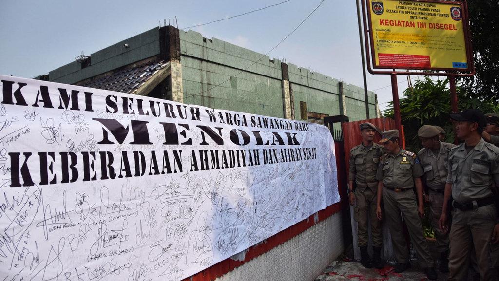 Saat Pemerintahan Jokowi Membiarkan Pemberangusan Ahmadiyah