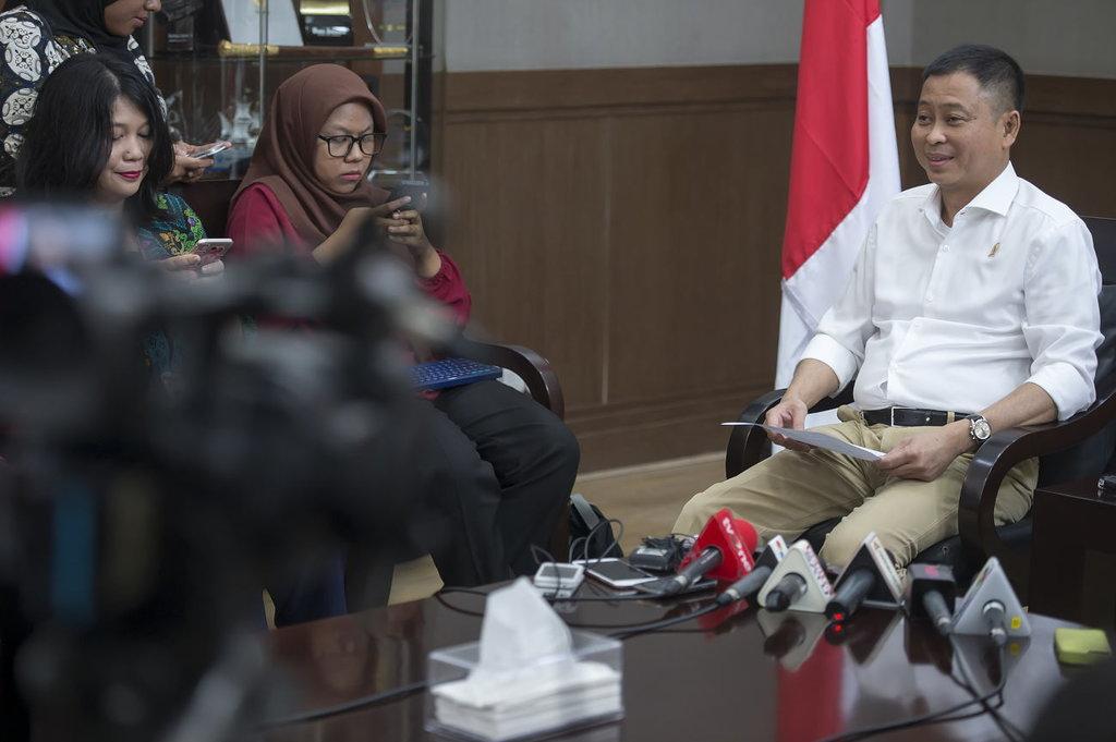 Menteri Jonan Minta PLN Survei Kenaikan Daya Listrik