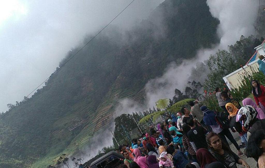 Status Gunung Dieng Masih Normal Aktif Pasca Letusan