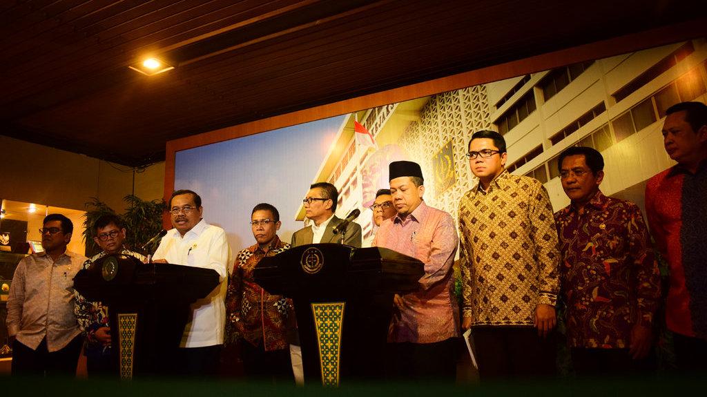Masinton: Setnov Tersangka E-KTP, Pansus KPK Jalan Terus