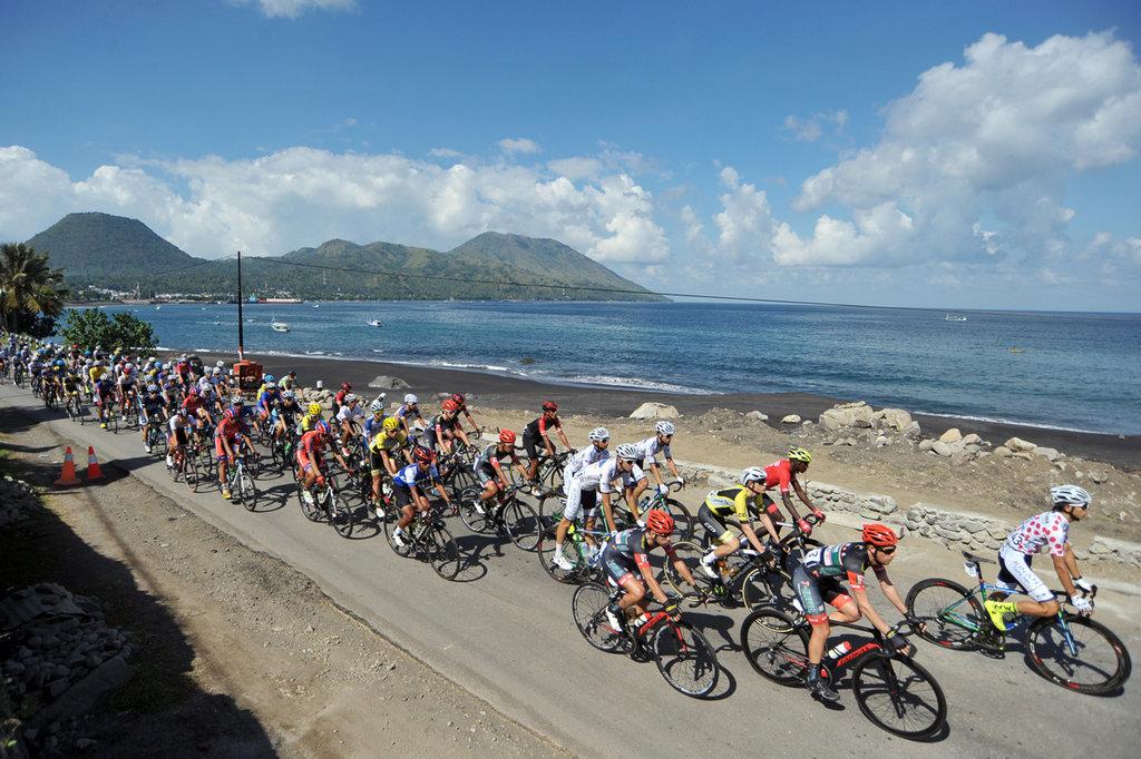 Pembalap Nick Miller Start Terdepan Tour de Flores Etape 4