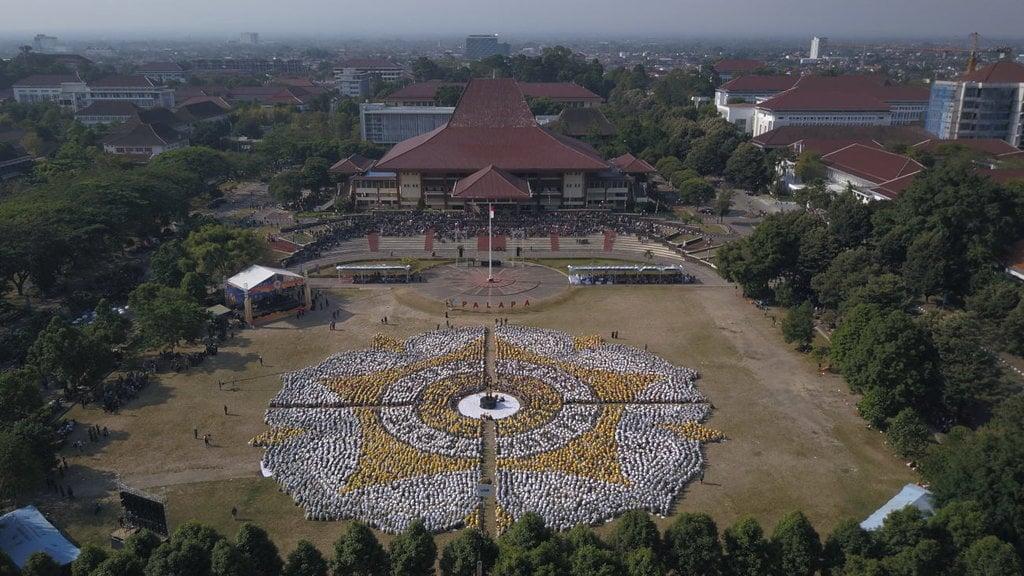 Apakah Benar Jokowi Plonga-Plongo?