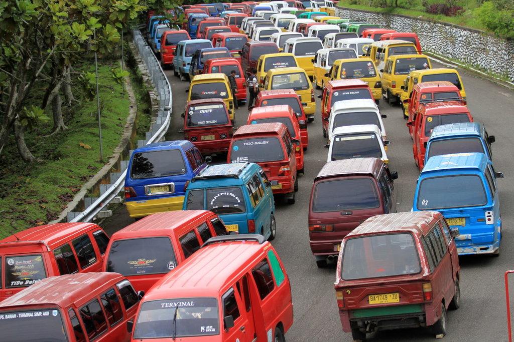 Hadirnya Transportasi Online Diklaim Kurangi Jumlah Angkot