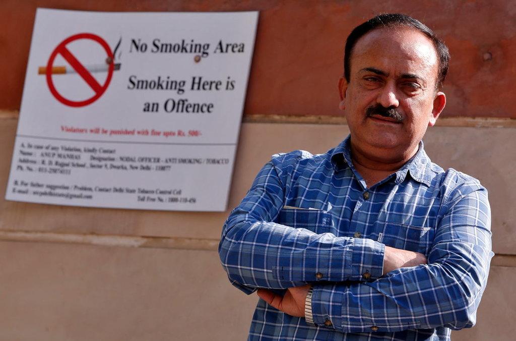 """Skandal Philip Morris: """"Merokoklah, Maka Kau akan Keren"""""""