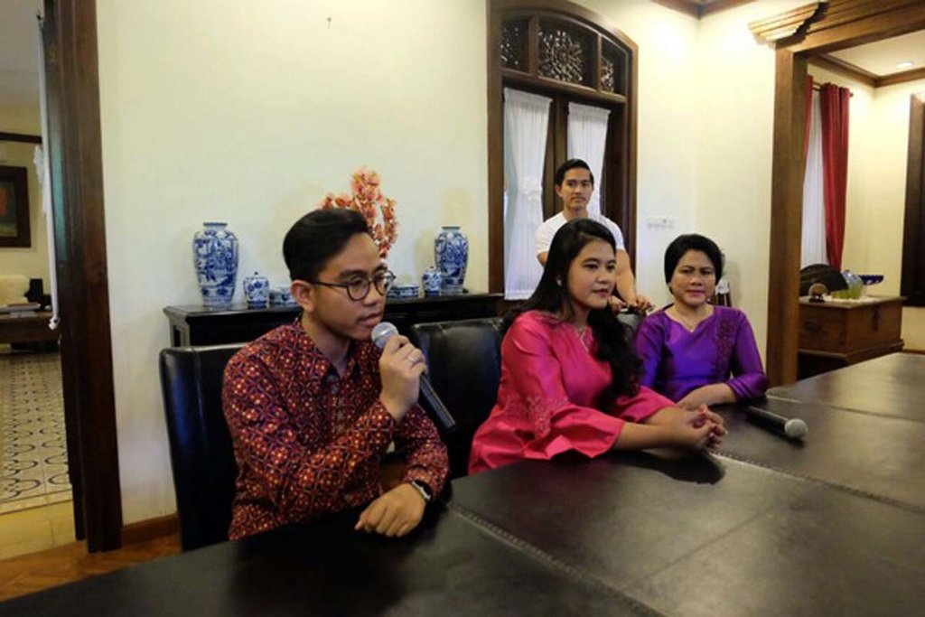 Jokowi Gelar Konferensi Pers Jelang Pernikahan Kahiyang Ayu
