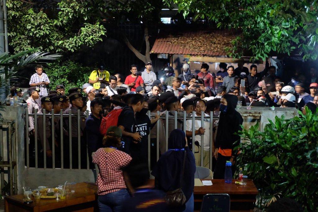 Gedung LBH Jakarta Kembali Jadi Sasaran Pendemo