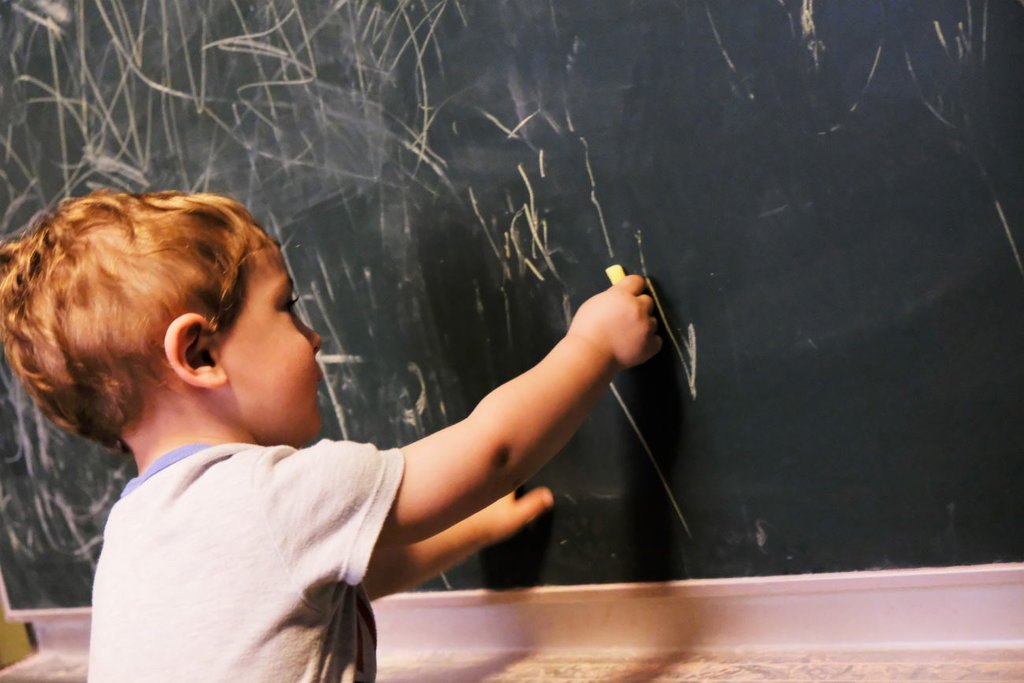 Anak yang Doyan Jumpalitan adalah Anak Cerdas