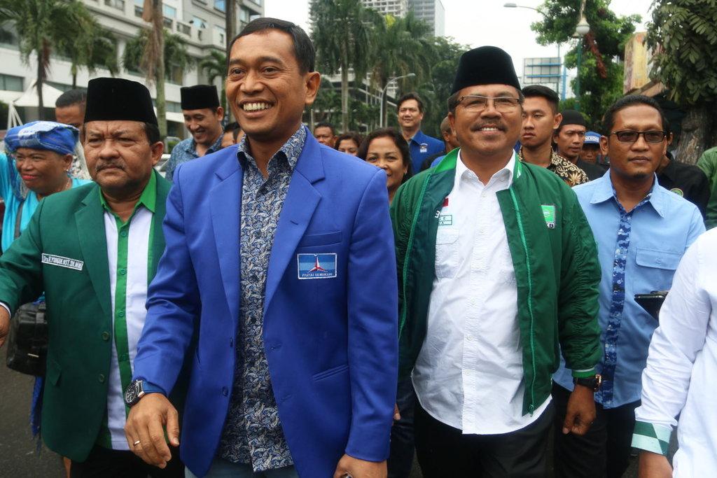 Demokrat Gugat Putusan KPU Sumut ke Bawaslu Soal Ijazah JR Saragih