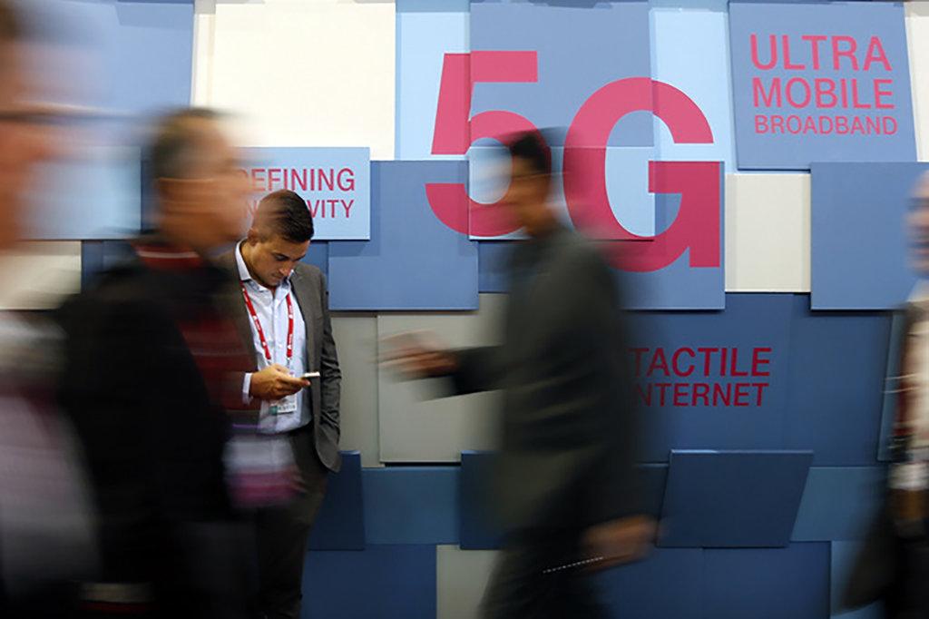 Apa Beda 5G dengan Teknologi Generasi Sebelumnya?