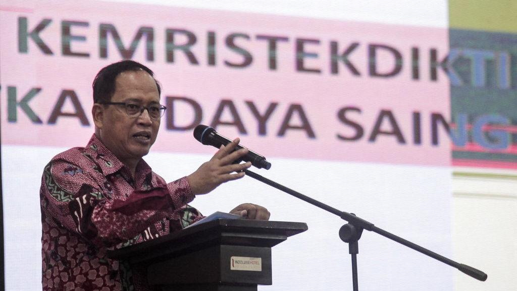 Banyak Mahasiswa Indonesia di Cina Ditipu Agen, Menteri Nasir Kaget