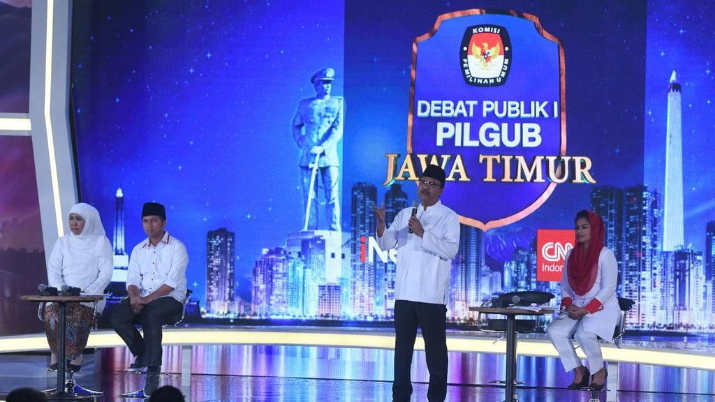 Debat Pilgub Jatim Khofifah Serang Gus Ipul Pakai Isu Kemiskinan