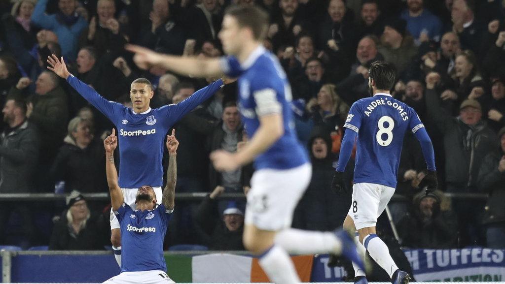 Live Streaming Everton Vs Leeds United Liga Inggris Malam Ini Di Mola Tv Tirto Id