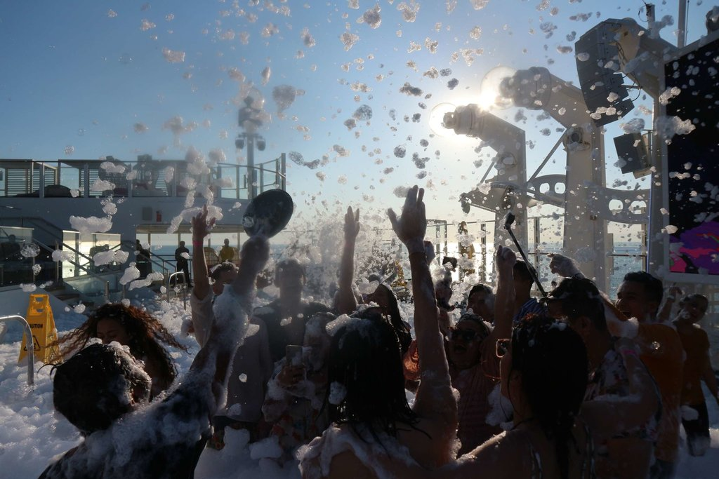 Foam Sunset Party