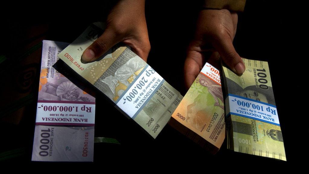 Daftar Blt Bansos Dan Subsidi Pemerintah Agustus Desember 2020 Tirto Id