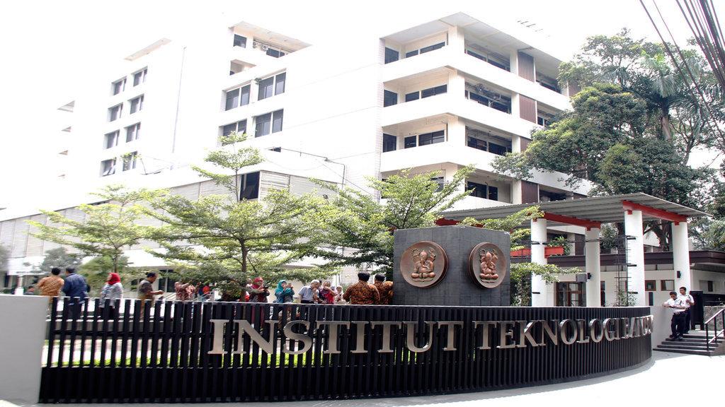 Viral Jaminan Keuangan Rp100 Juta Berapa Biaya Kuliah Di Itb Tirto Id