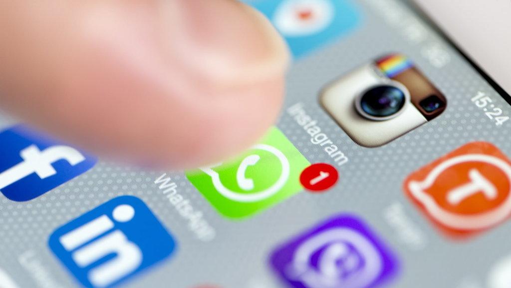 akun lama whatsapp di ponsel baru