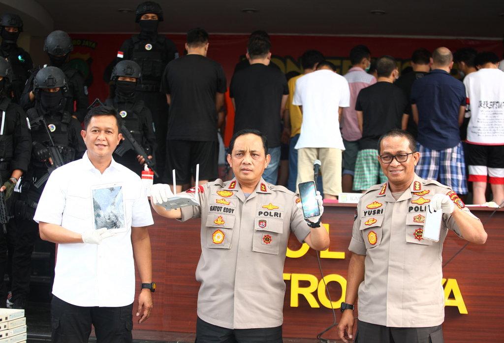Tipu Tipu Di Indonesia Hingga Rp36 Miliar 80 Wna Cina Dipulangkan