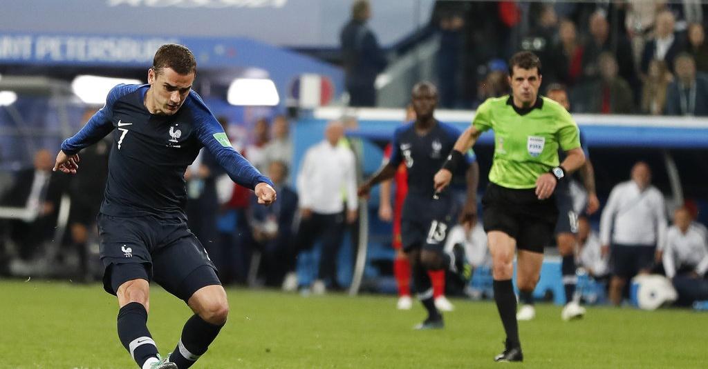 Kumis Adil Rami Jadi Jimat Perancis di Piala Dunia 2018 ...