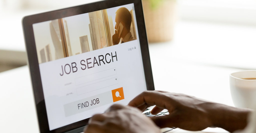 Efektifkah Cari Lowongan Kerja Via Online? - Tirto.ID