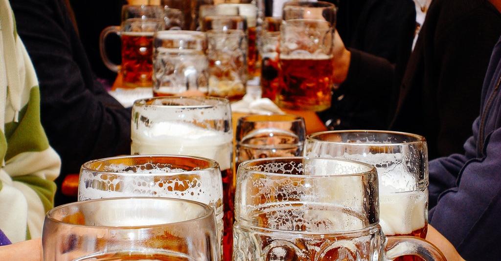 5 Jenis Makanan & Minuman Pemicu Kanker: Susu, Gula, Hingga Alkohol - tirto.id