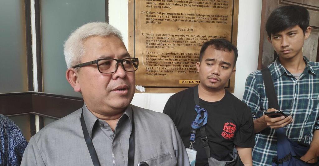 Romi Ditangkap Kpk: Sidang Praperadilan Romi: KPK Bawa 2 Koper Dokumen