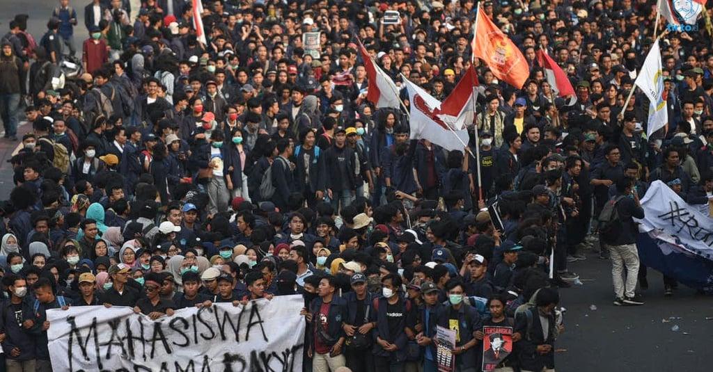 penyebab demo mahasiswa hari ini dan respons jokowi soal