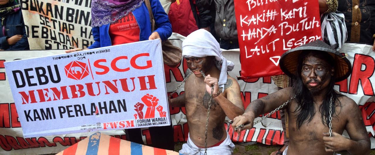 Aksi Menuntut Korupsi Batu Bara Diusut