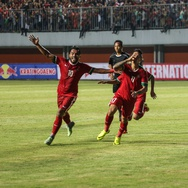 Irfan Bachdim Resmi Jadi Pemain Bali United