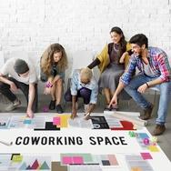 Bisnis Coworking Space di Persimpangan Jalan