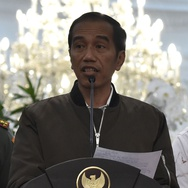 Jokowi Enggan Tanggapi Khofifah Maju di Pilgub Jatim 2018