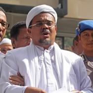 Rizieq Shihab Pantau Pertemuan GNPF-MUI dan Jokowi