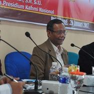 Mahfudh MD Sebut 1000 Advokat Belum Tentu Bisa Menangkan HTI